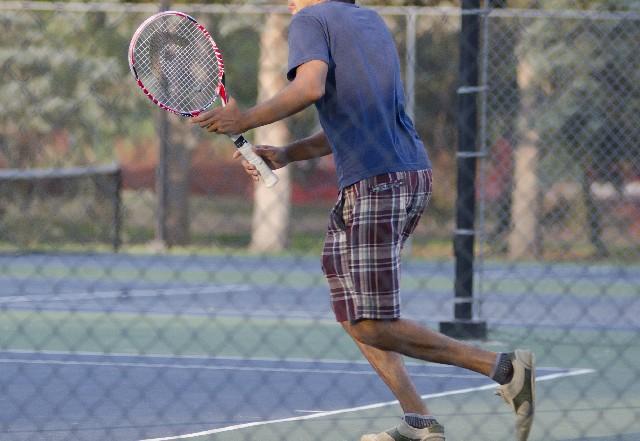 テニス肘かな?と思った時の3つのセルフテスト