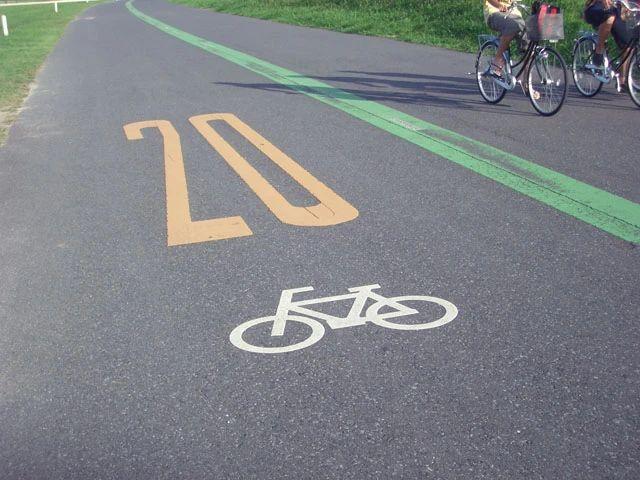 交通事故防止を考える