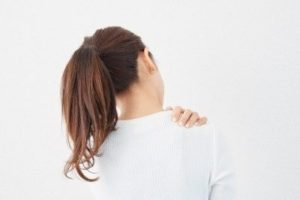 肩こりの施術