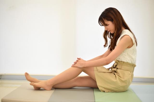 立っていると脚が痛くなり、鈍いシビレを訴えるケースの施術【症例ブログ】