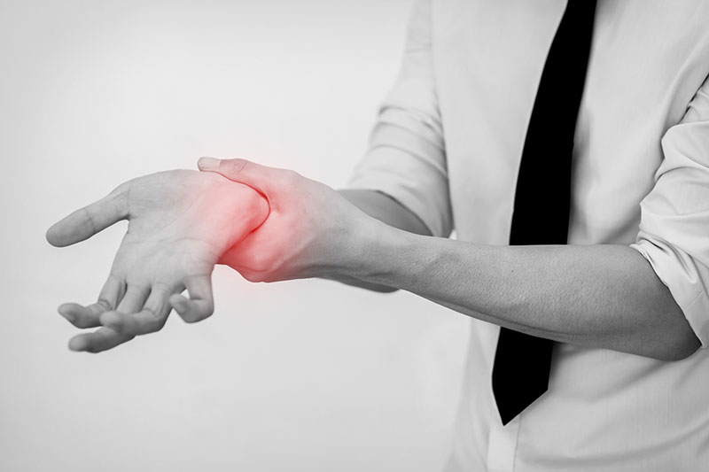 手、腕のしびれの施術