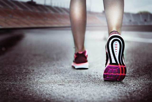 福岡市南区のたすく整骨院 | 走り過ぎて発症した足底筋膜炎の改善【足底筋膜炎の症例ブログ】