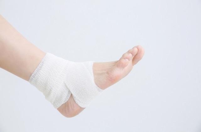 足首の施術